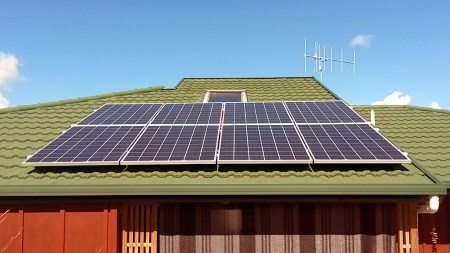 2 kW solar panel system decramastic roof