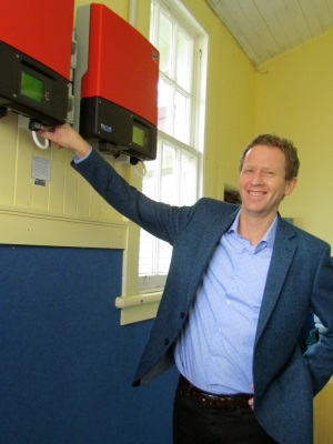 Russel-Norman-Peria-School-SolarKing-solar-installation